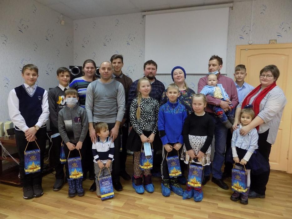 Светлана Максимова поздравила с Новым годом юных жителей Калязина