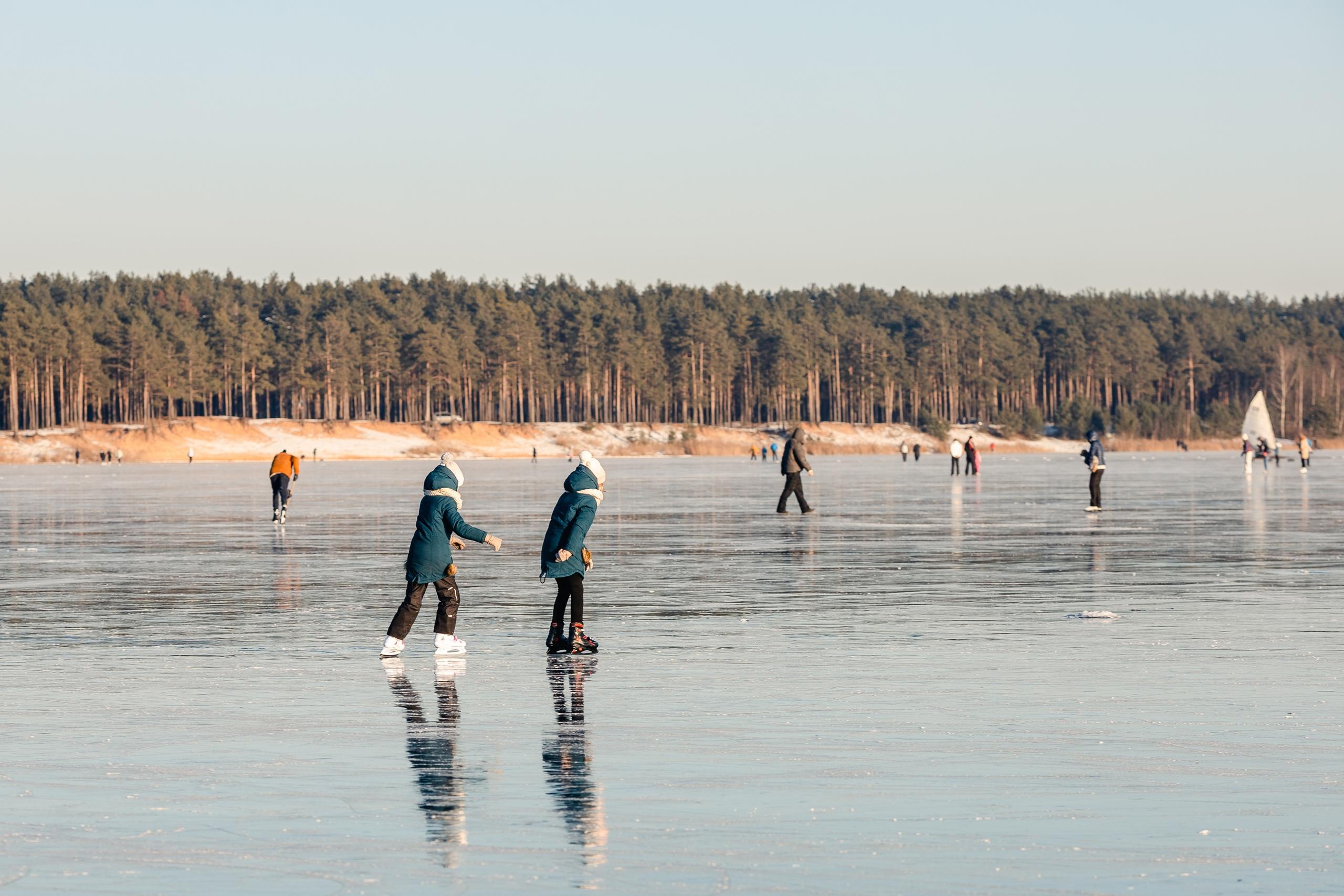 Тверской фотограф запечатлел развлечения местных жителей на Константиновских карьерах