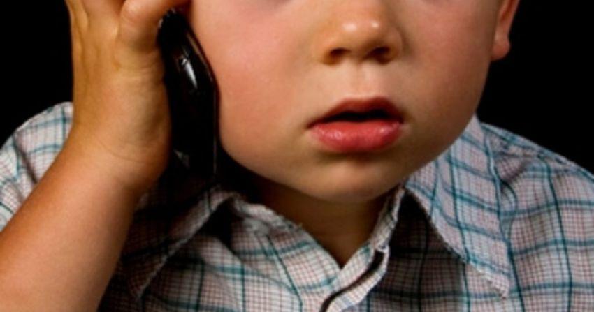 Тверские следователи напоминают о работе горячей линии «Ребенок в опасности»
