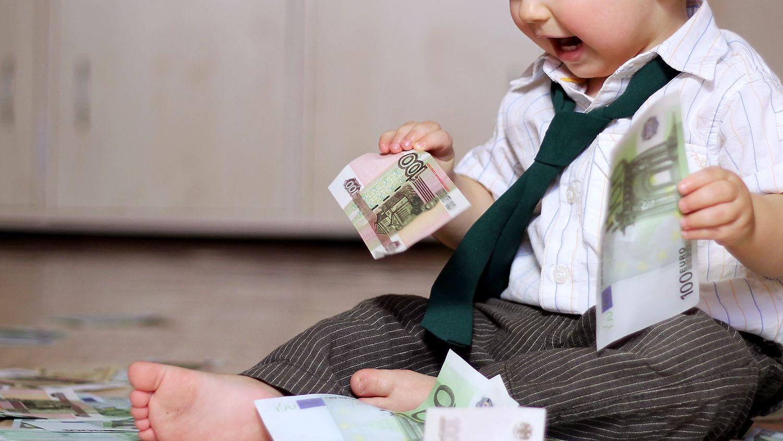 Выплату в размере 5 тысяч рублей перечислят на 99 тысяч детей Тверской области в возрасте до 8 лет
