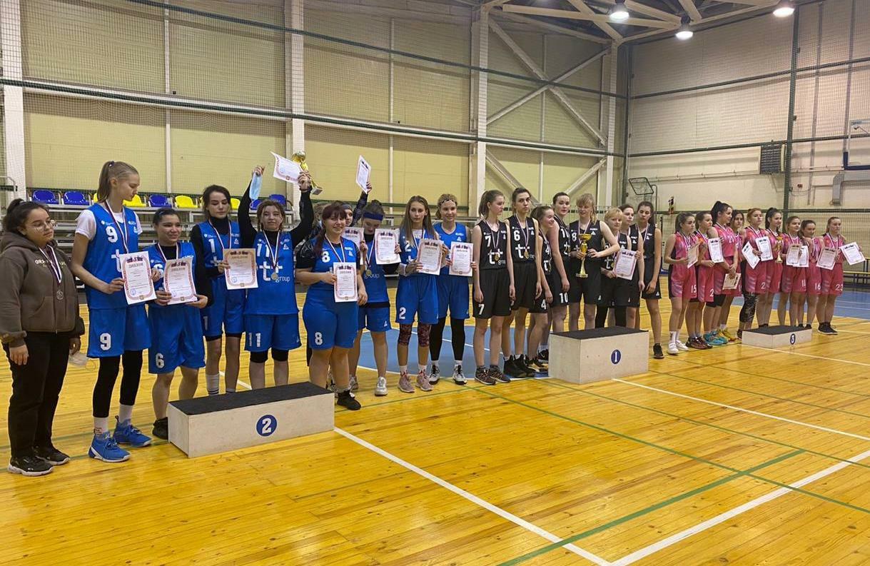 Баскетболистки из Ржевского района завоевали бронзу на кубке губернатора