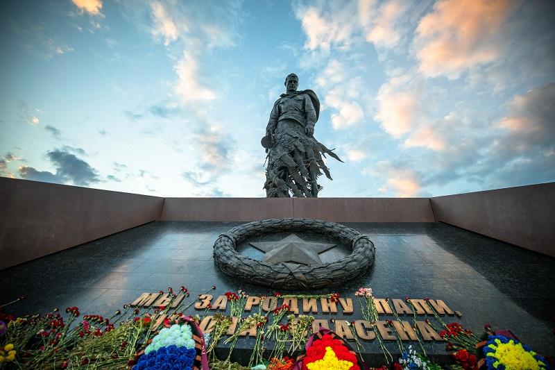 Ржевский мемориал Советскому солдату в Тверской области посетили около 450 тысяч человек