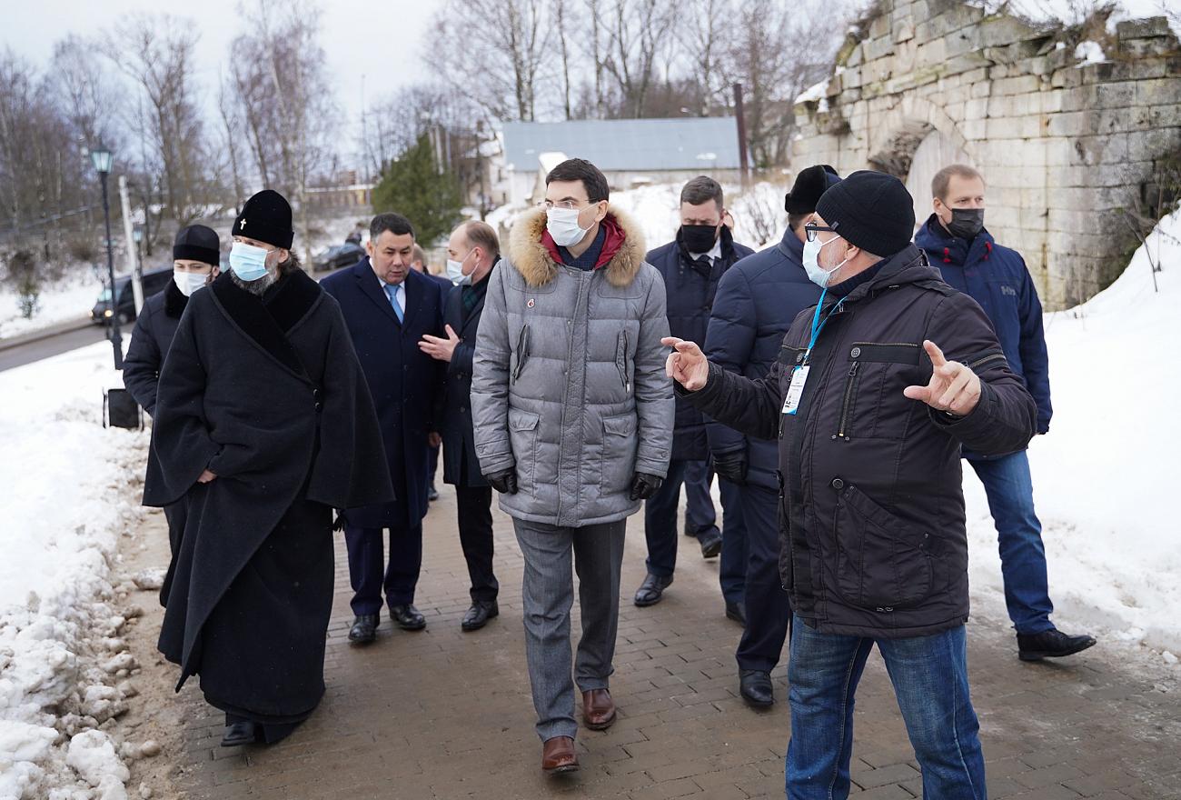 Игорь Руденя и Игорь Щеголев осмотрели исторический центр города Старица