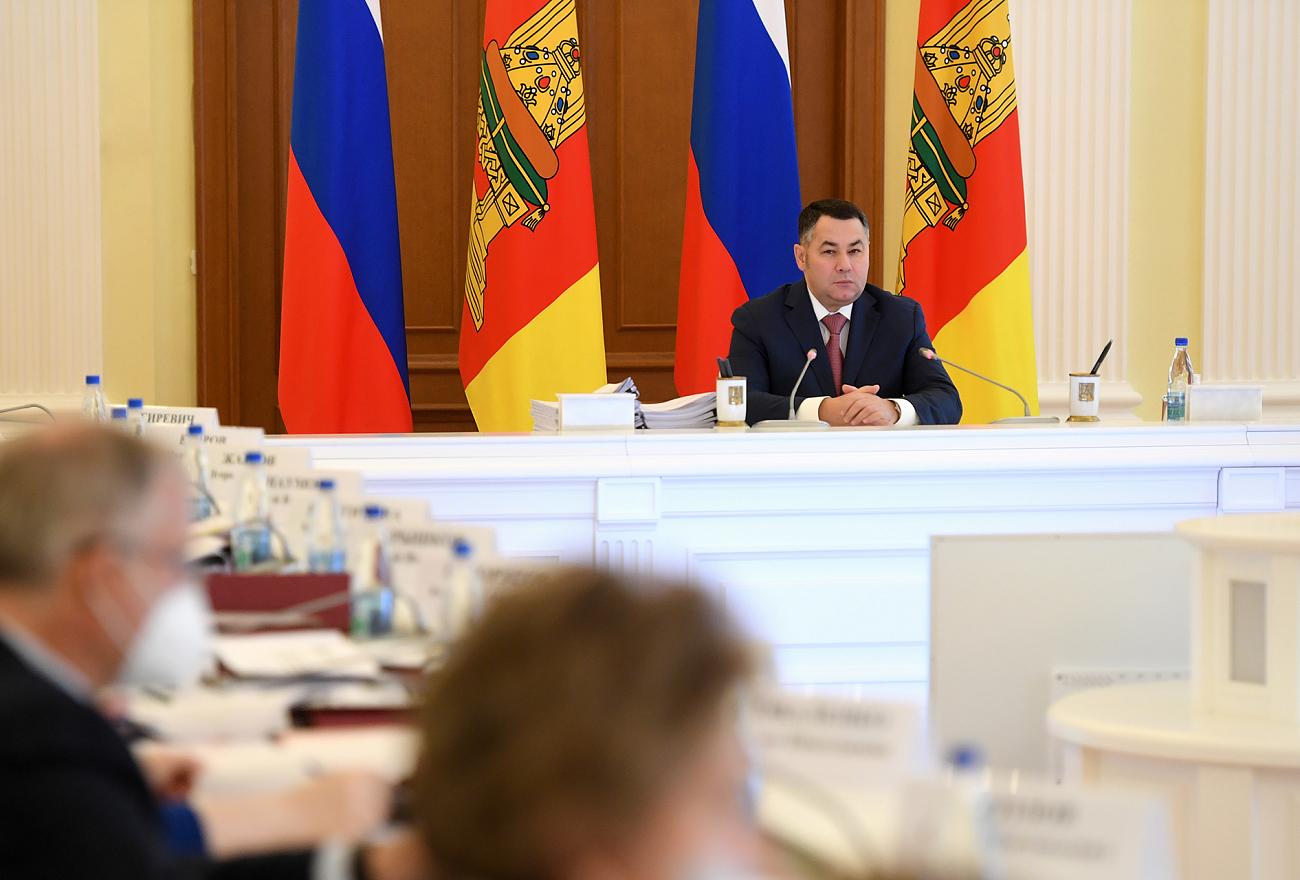 Почти 2500 километров автодорог будет отремонтировано в Тверской области за три года