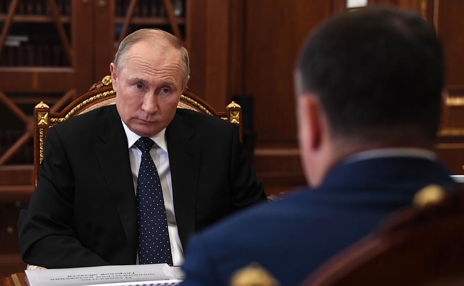 Губернатор Тверской области рассказал Владимиру Путину о значении трассы М-11 для региона