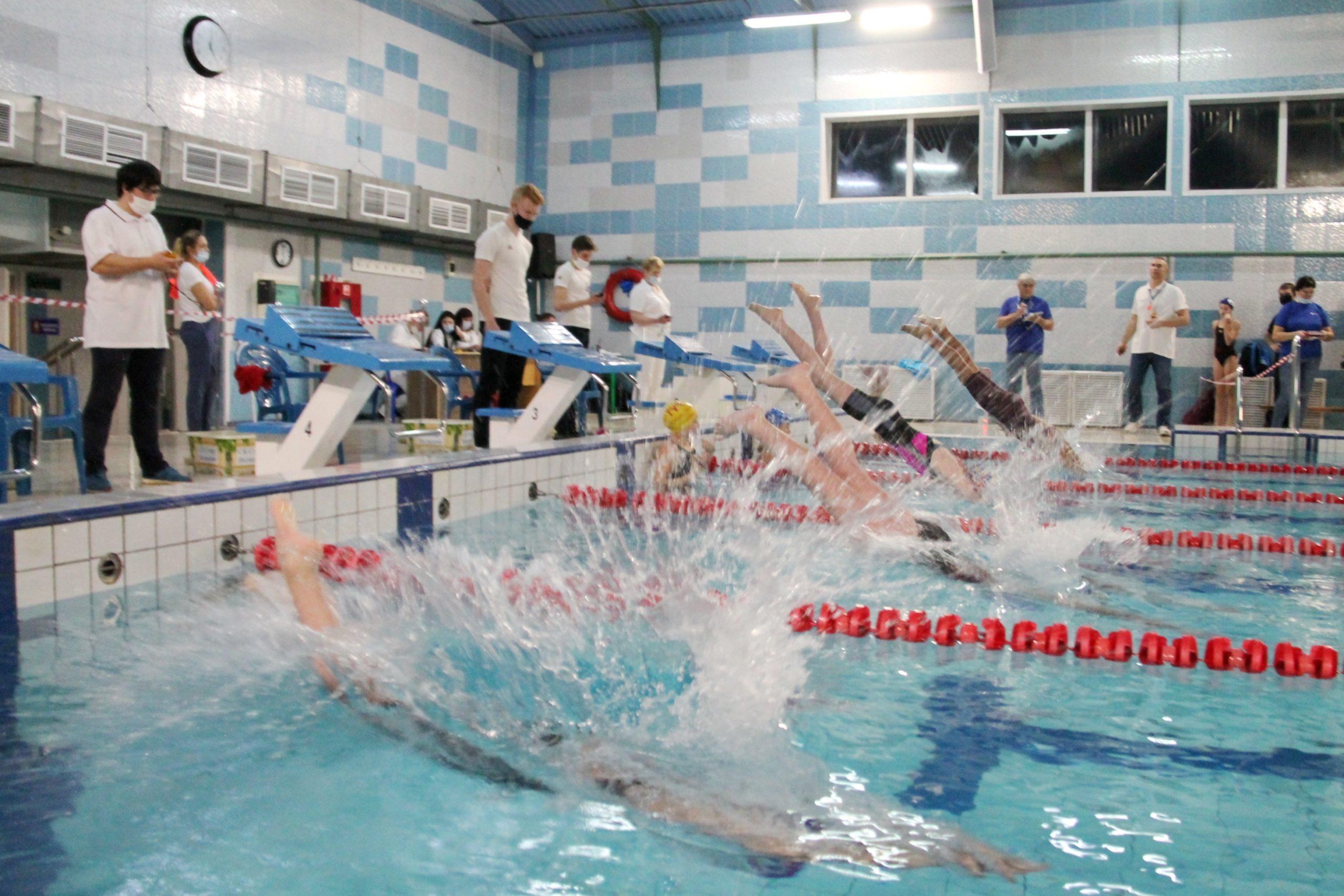 В районе Тверской области прошли соревнования по плаванью