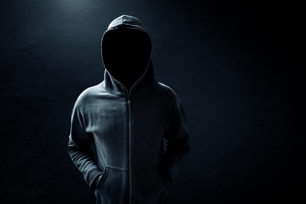 Во Ржеве задержали 19-летнюю воровку