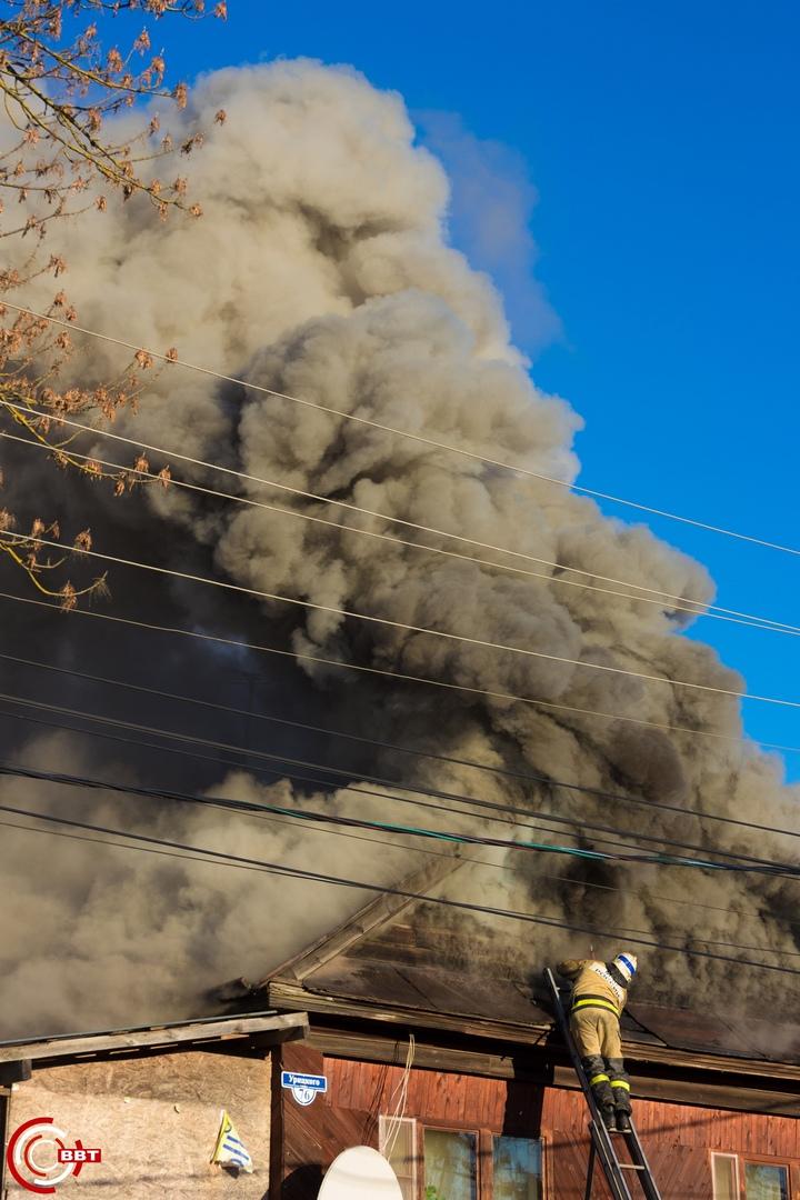 В Тверской области загорелся жилой дом с пекарней