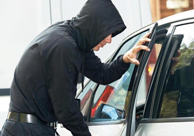 В Тверской области нетрезвый мужчина угнал машину своего знакомого