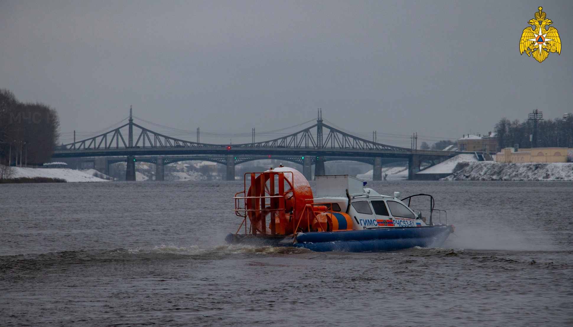 Спасатели рассказали в каких водоемах Тверской области самый крепкий лед