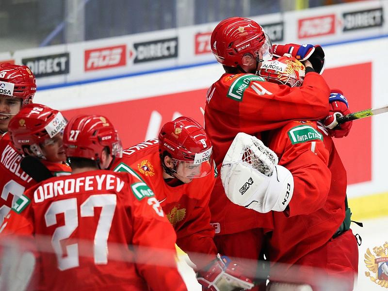 Топ-5 самых зрелищных шайб хоккейной молодёжки за пять чемпионатов