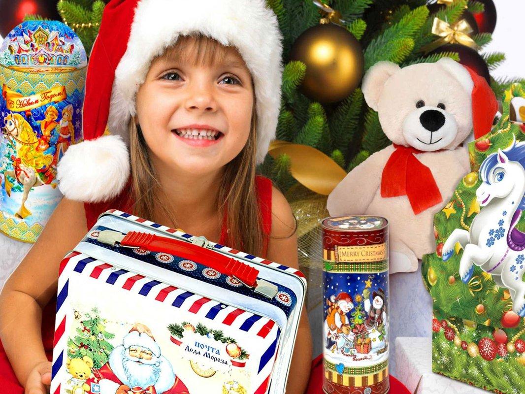 В Тверской области 22 тысячи детей из многодетных семей получат новогодние подарки