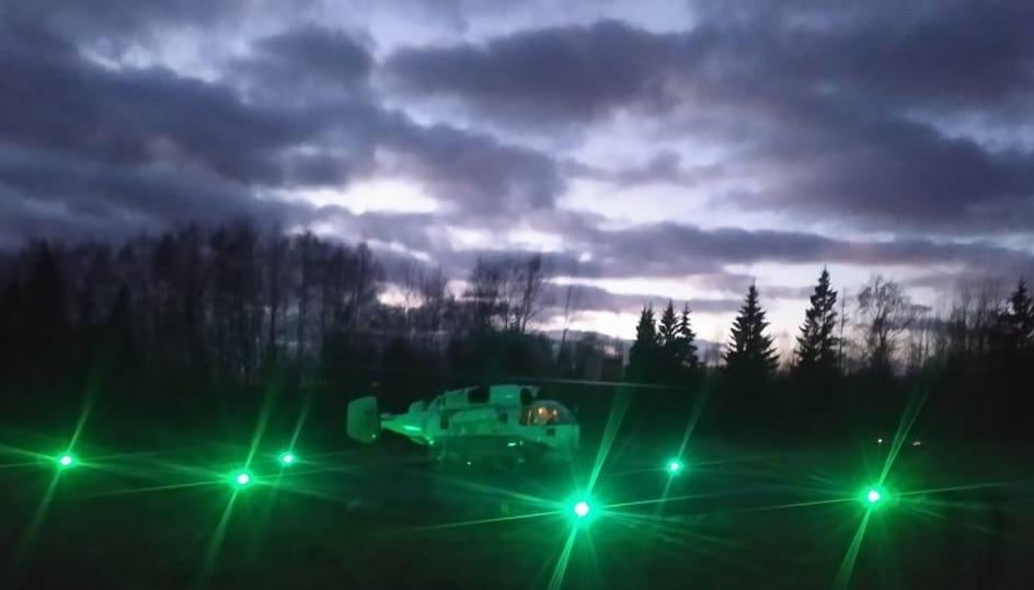 Жительницу Тверской области экстренно доставили в Тверь на вертолете