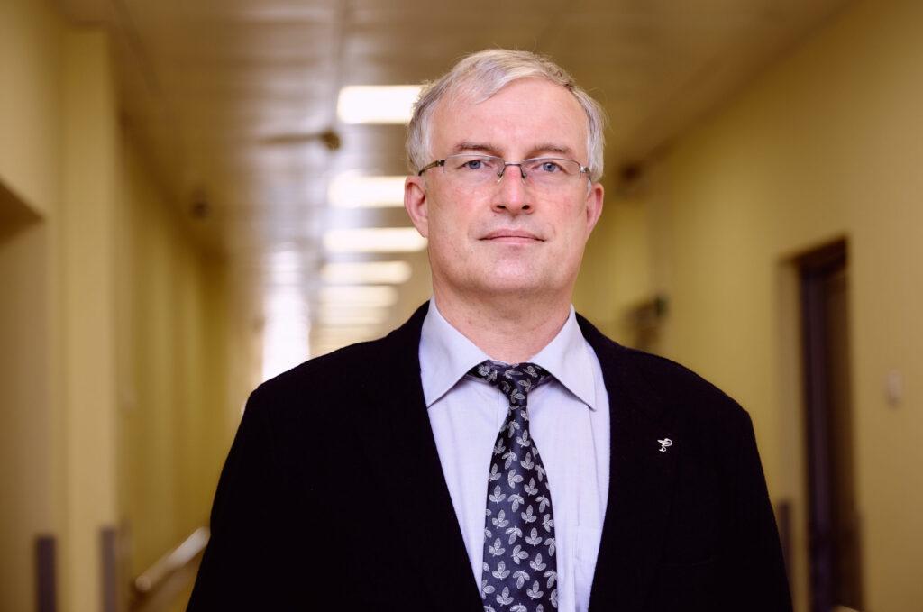 Министр здравоохранения Тверской области Сергей Козлов призвал к вакцинированию от коронавируса