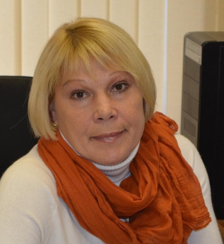 Директор Тверского лицея Инна Мейстер считает вакцинирование педагогов и всего населения важнейшей задачей