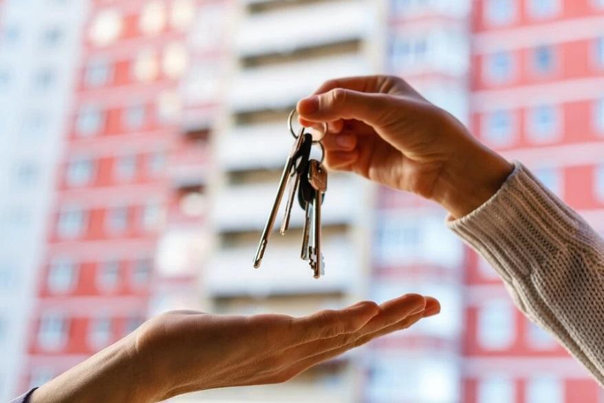 Новогодним подарком от Игоря Рудени для семьи из Тверской области стали ключи от новой квартиры