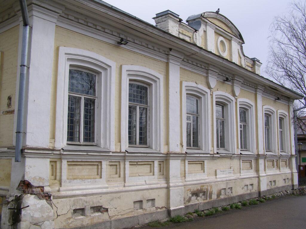 В Тверской области отреставрировали здание городского училища XIX века, где учился писатель Вячеслав Шишков