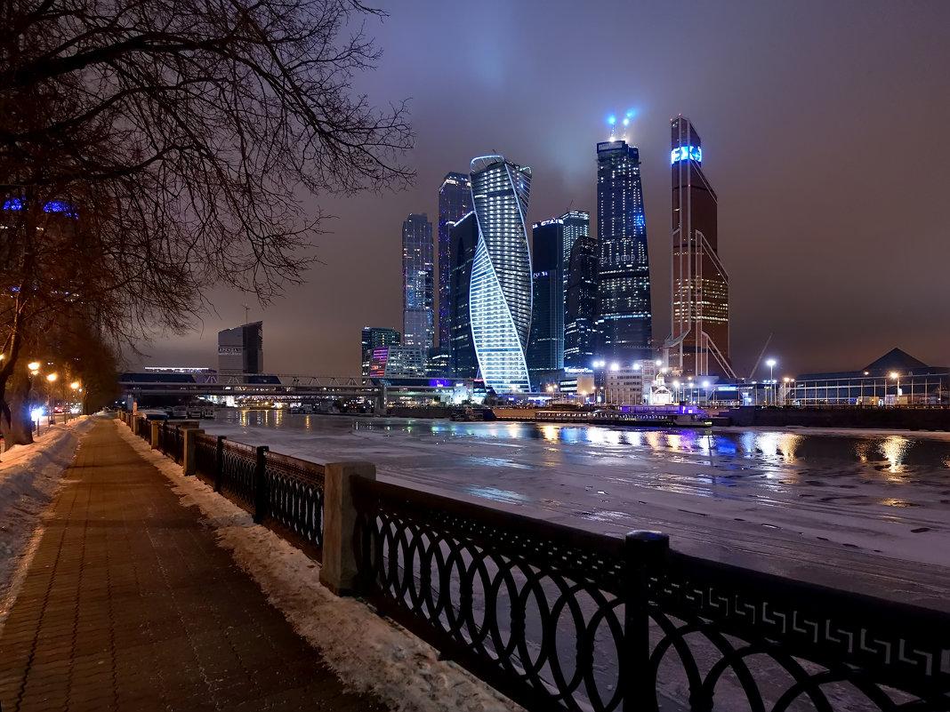 Школьник из Твери заблудился в лабиринтах «Москва-Сити»