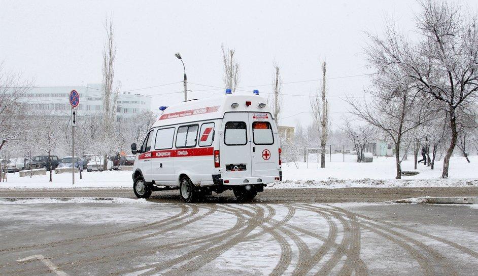 Здоровью пациента, фельдшера и водителя скорой помощи, попавшей в ДТП, ничего не угрожает