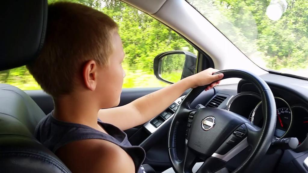 Подростков из Тверской области обвиняют в угоне машины