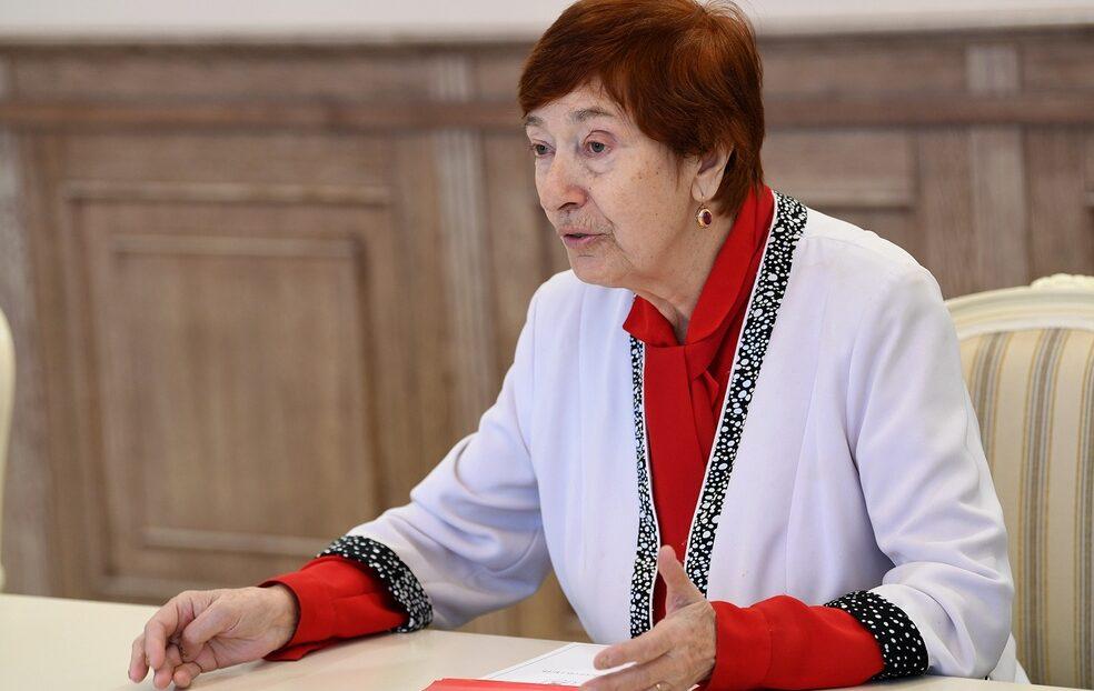 Лидер тверских «детей войны» Римма Золотарева призывает людей старшего возраста вакцинироваться от коронавируса