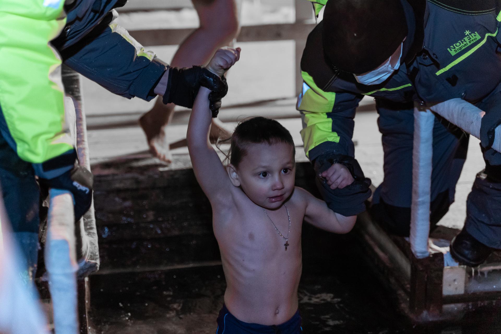 Фоторепортаж: как в Твери прошла крещенская ночь