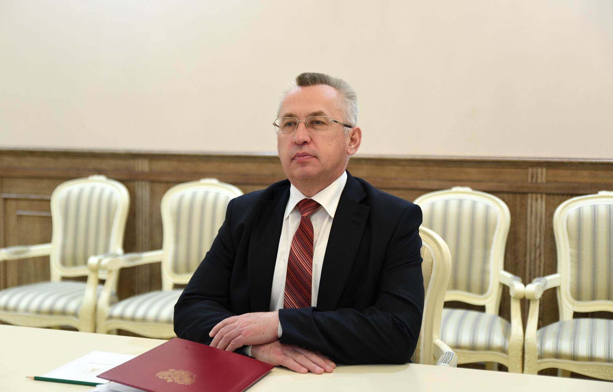 Игорь Руденя обсудил с главой Пеновского района строительство в муниципалитете нового Дома культуры