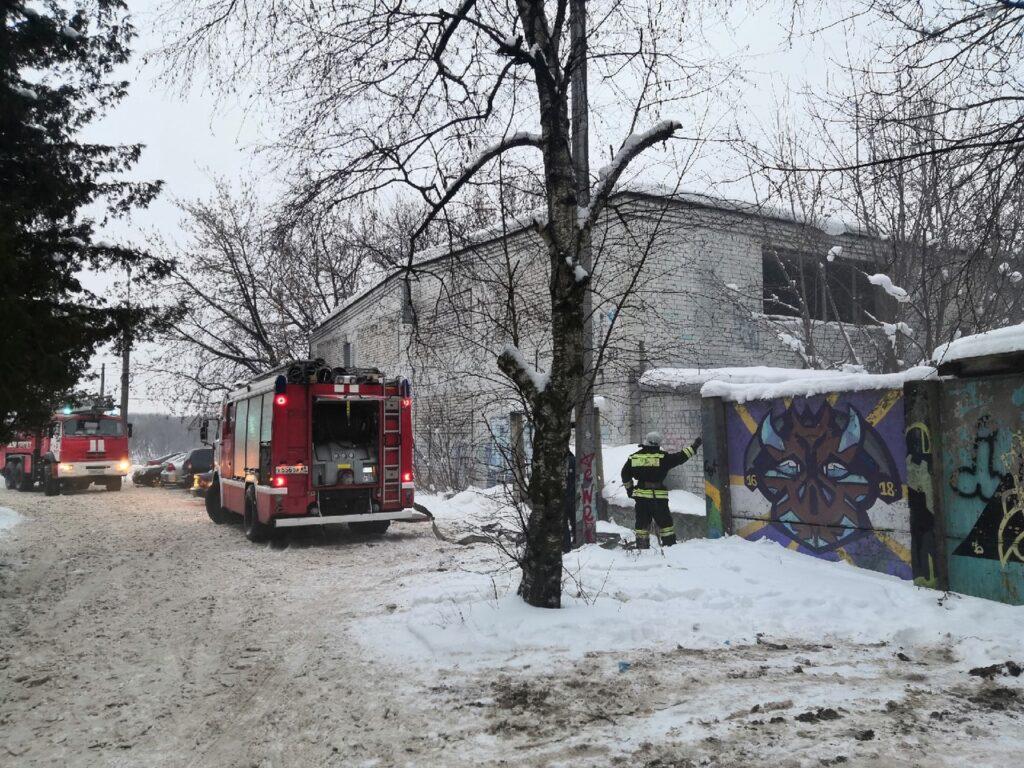 В Твери вновь горело бывшее трамвайное депо