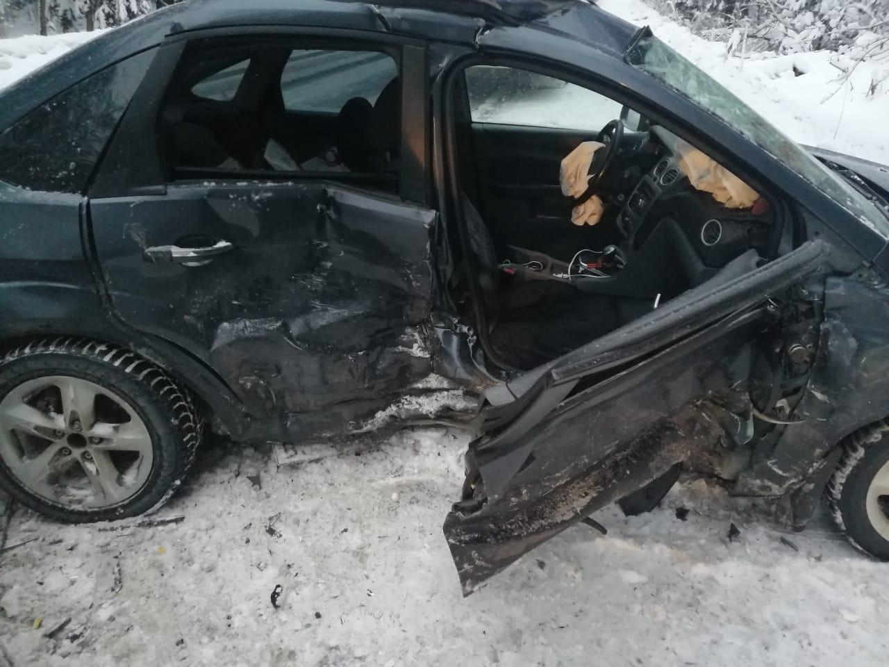 На трассе в Тверской области в ДТП пострадали пятилетний ребенок и трое взрослых