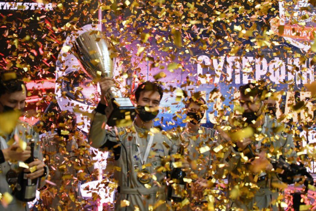 Золото наше: как тверской спортсмен получил титул самого быстрого кибергонщика России
