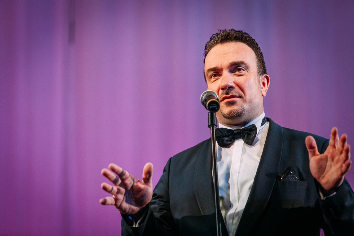 В Твери дополнительный концерт даст известный пианист и дирижер Сергей Жилин