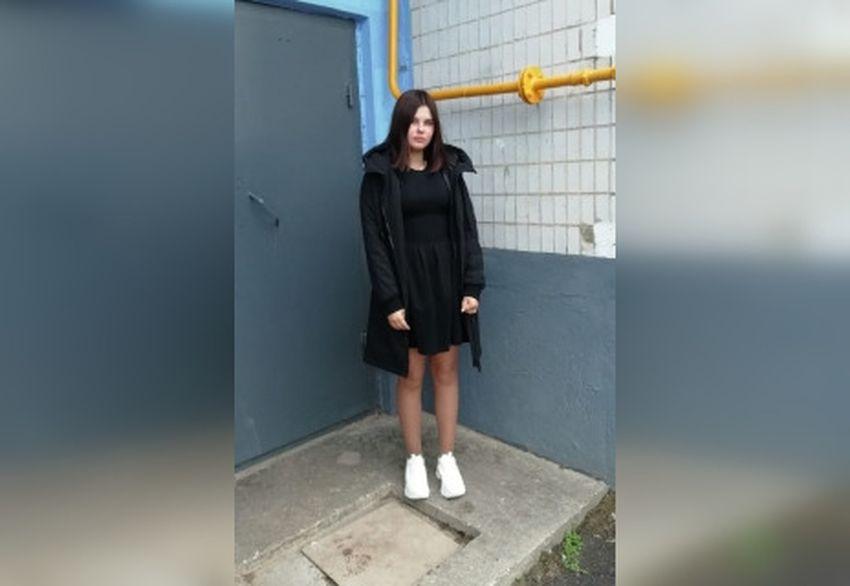 Пропавшую 14-летнюю школьницу ищут в Тверской области