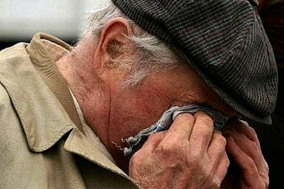 В Тверской области у пенсионера обманом отняли 30 тысяч рублей