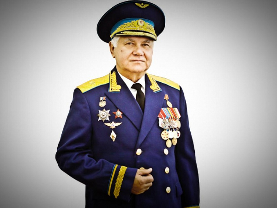 Генрих Левкович