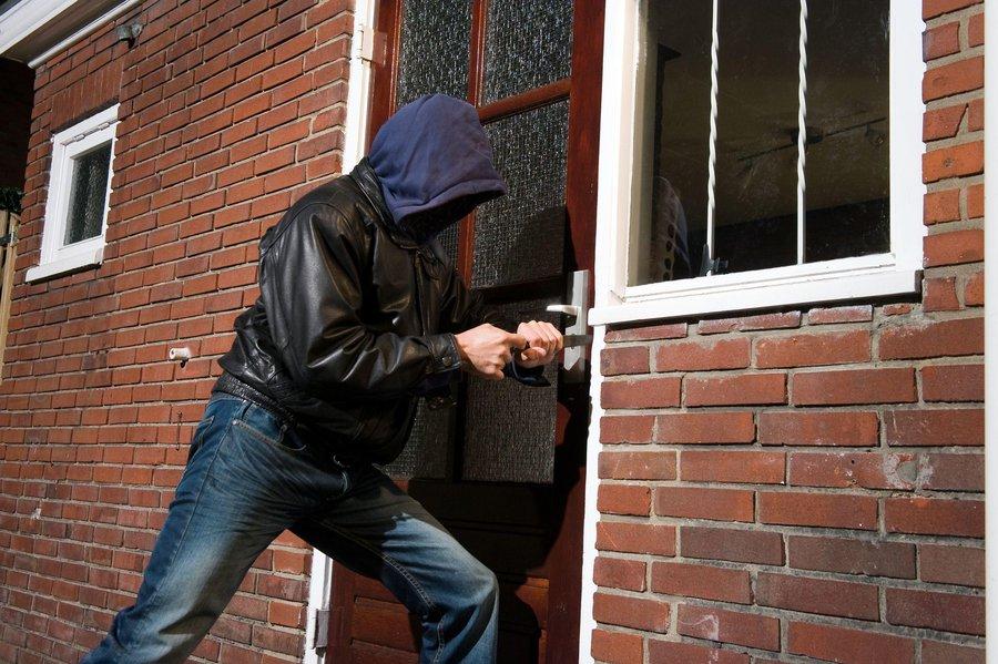 в Зубцовском районе раскрыли кражу у пенсионера
