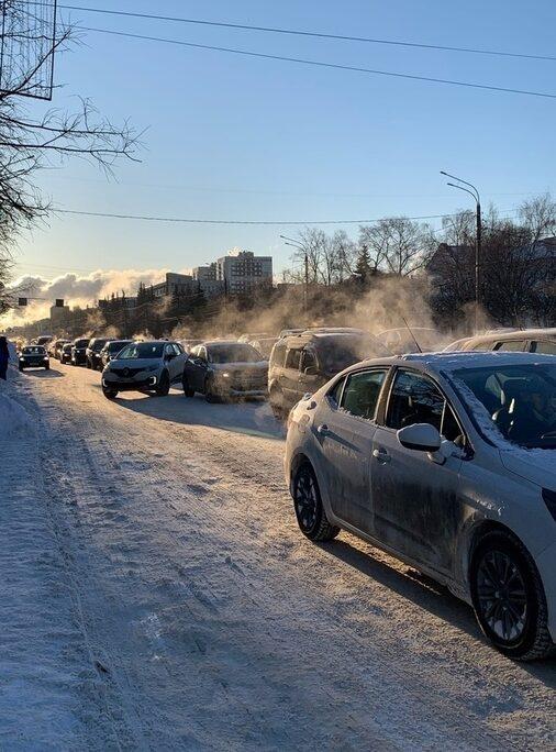 Пробираемся по дорогам: в Твери в понедельник большие пробки