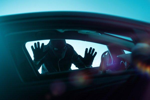 Попытка не пытка: как в Лихославле пытались угнать машины