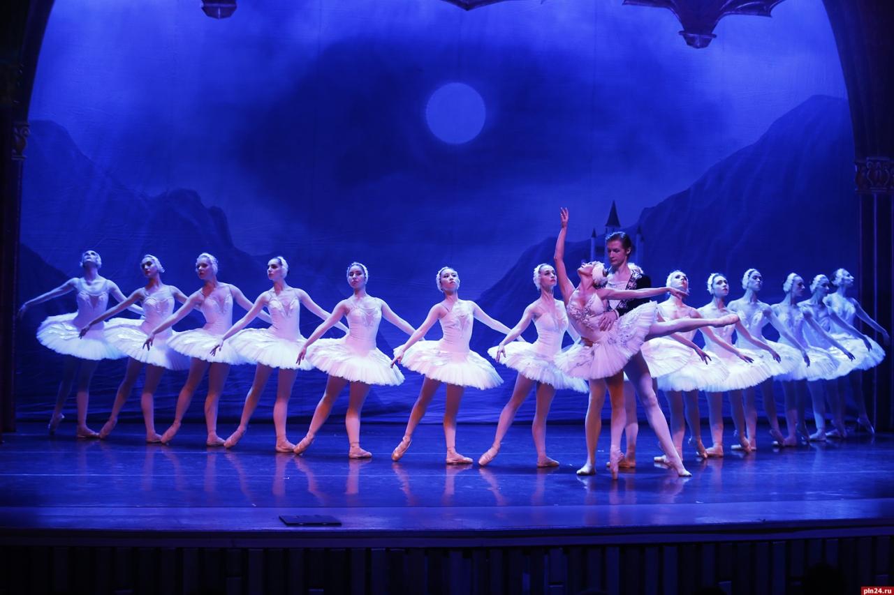 """В Твери пройдет балет """"Лебединое озеро"""""""