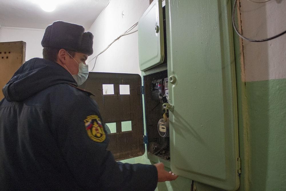 В Конаковском районе сотрудники МЧС обследовали многоквартирные дома