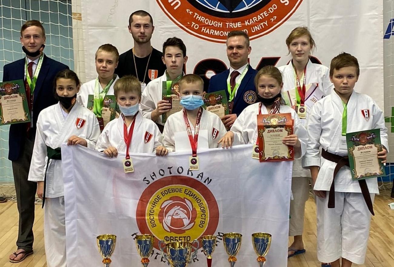 Тверские спортсмены привезли 13 медалей с чемпионата ЦФО по восточному единоборству сетокан