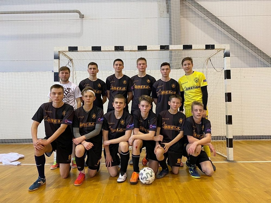 Осташковские футболисты заняли первое место в зональном этапе первенства Тверской области