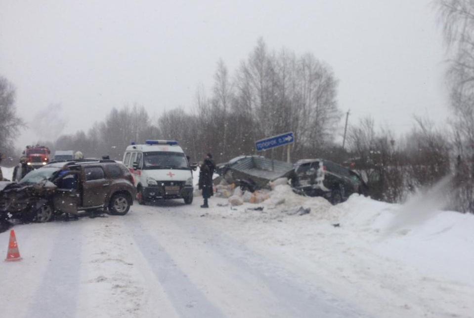 В Кимрском районе столкнулись две иномарки
