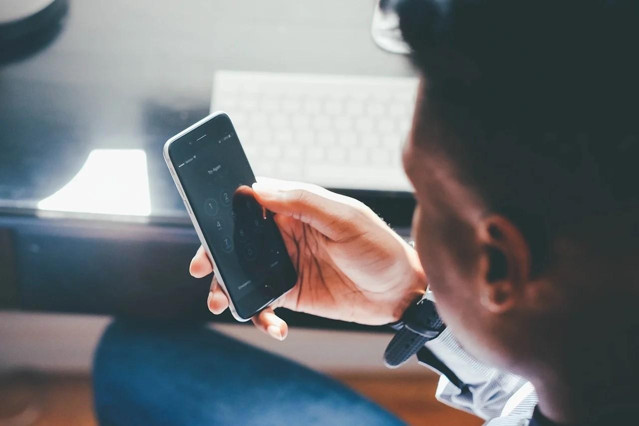 Как стать миллионером: телефонные мошенники обокрали жителя Твери