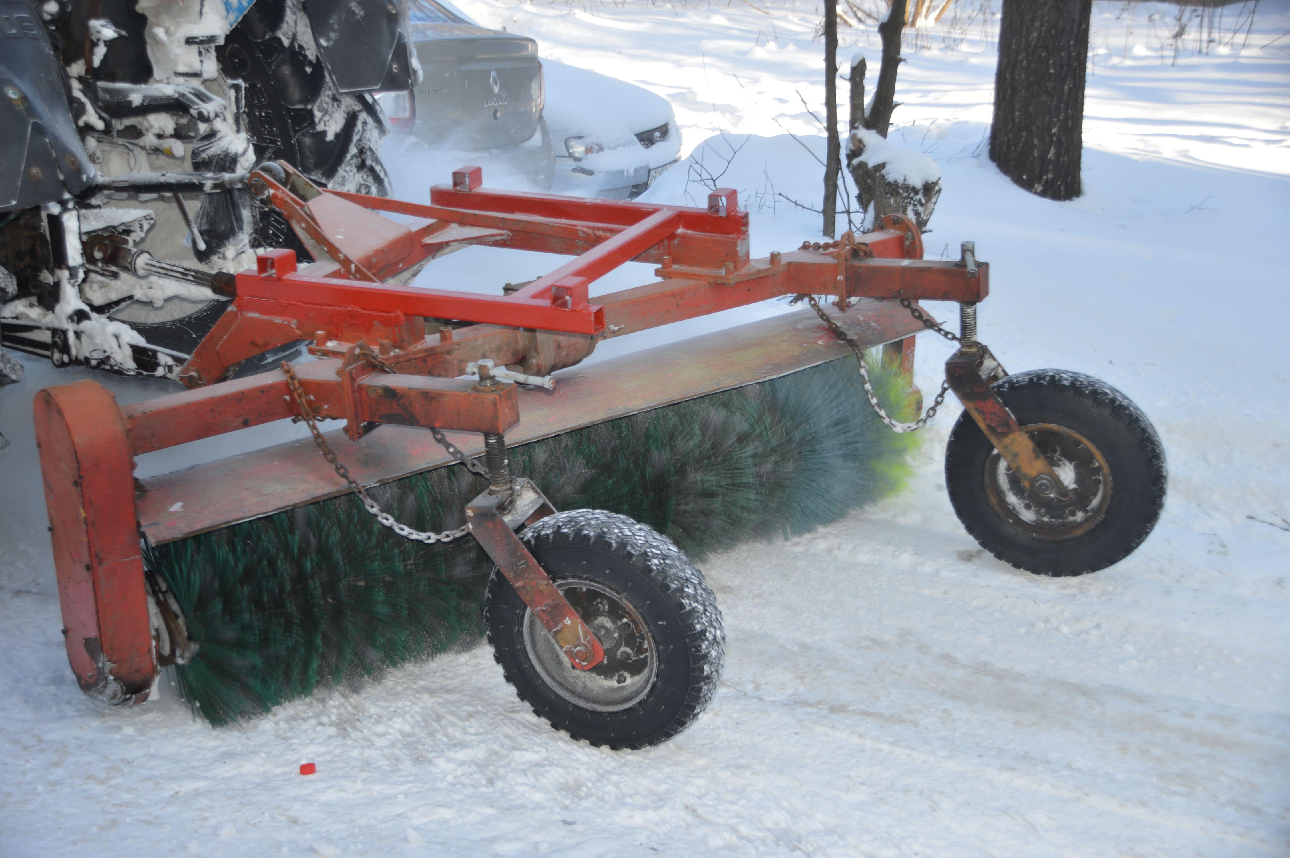 В Твери специалисты проверяют качество уборки снега