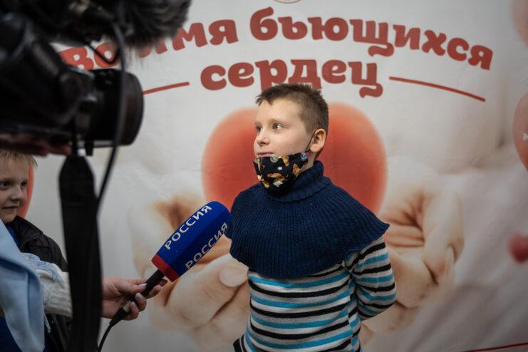 Семьи медиков Тверской области сходили на представление в цирк