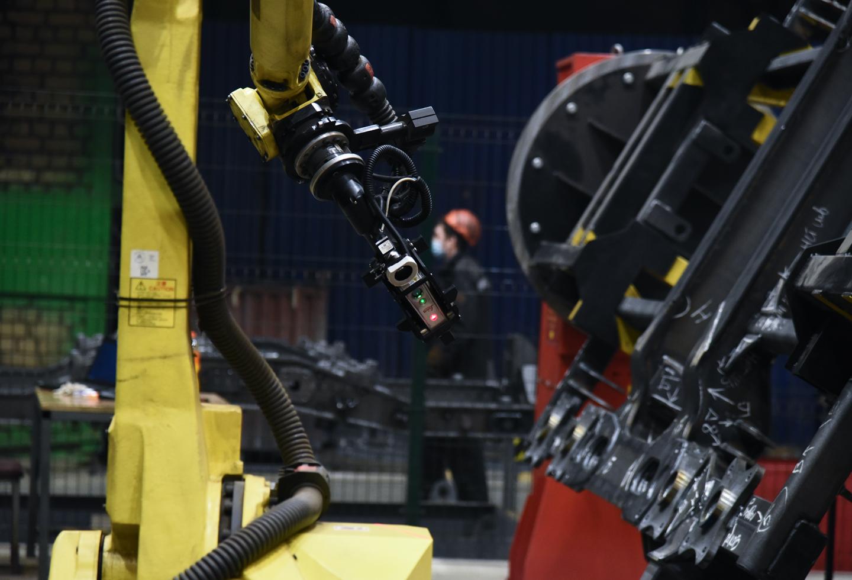 Тверской вагоностроительный завод внедрил инновационный роботизированный комплекс для контроля за качеством сварных швов