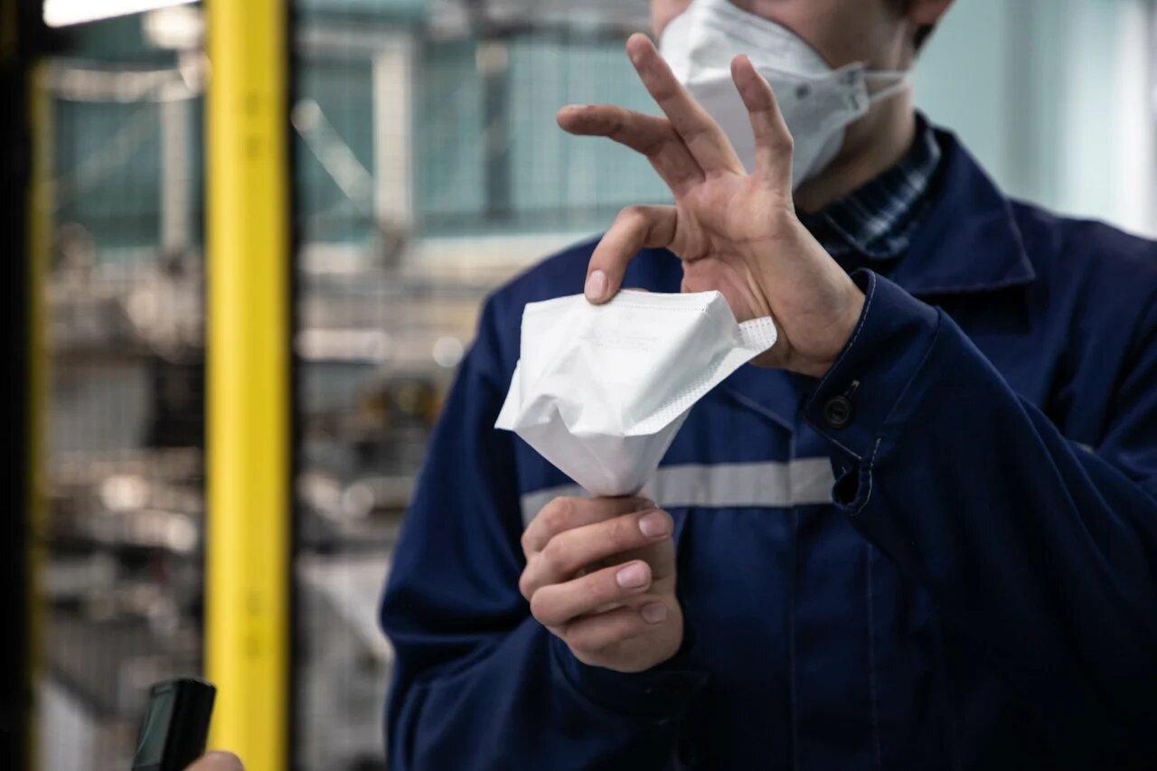 Кимрская фабрика имени Горького поставит тысячи респираторов в Германию