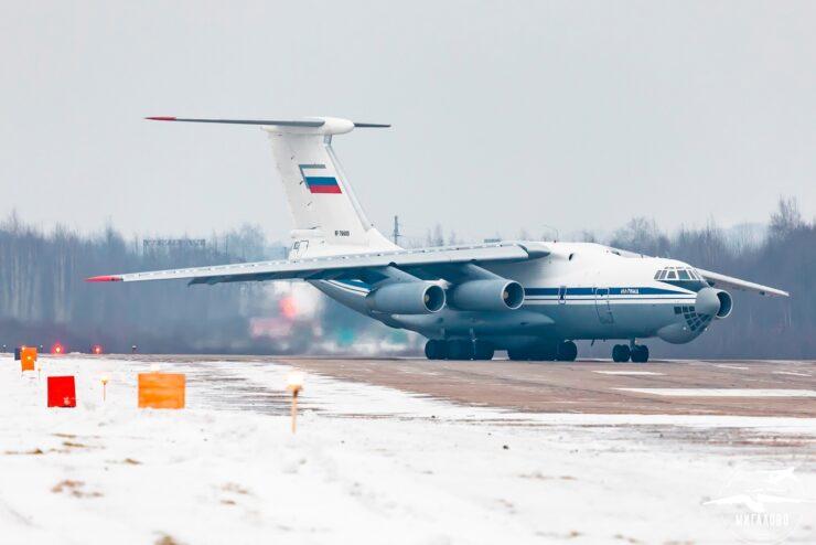 В Тверской области прошли летные учения  самолетов Ил-76