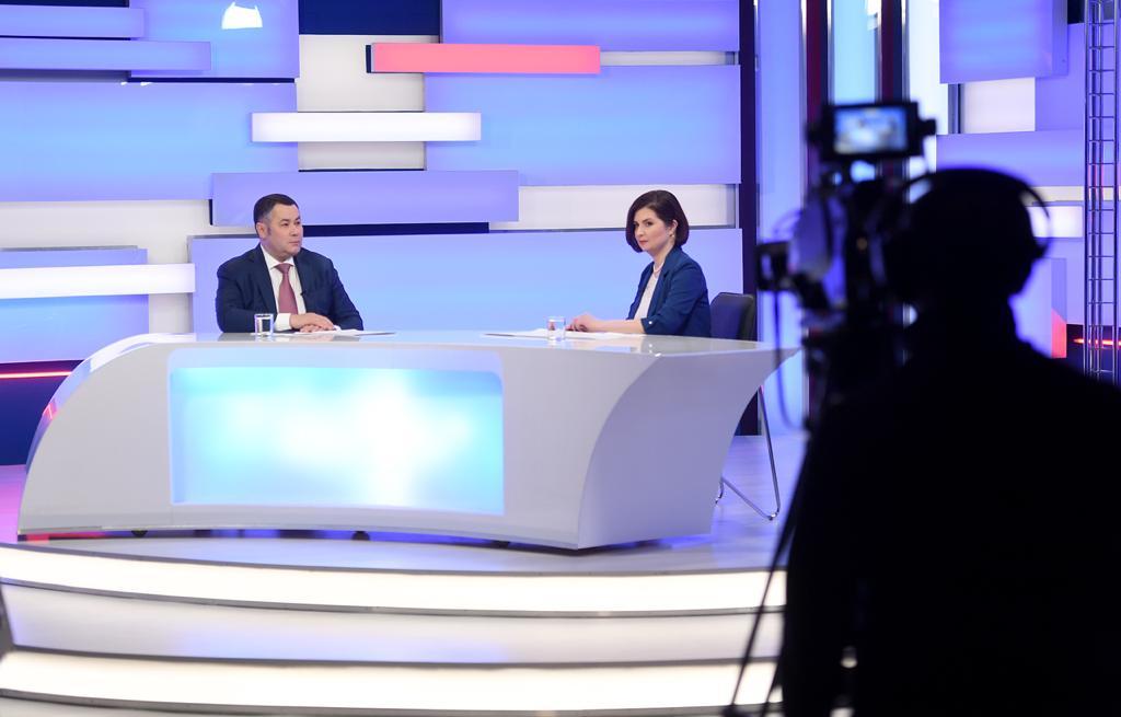 Молодые ученые, памятники и первый заработанный рубль: о чем говорил Игорь Руденя в прямом эфире
