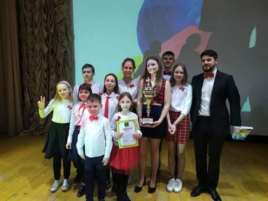 Кубок КВН юниорской лиги покинул оленинскую школу